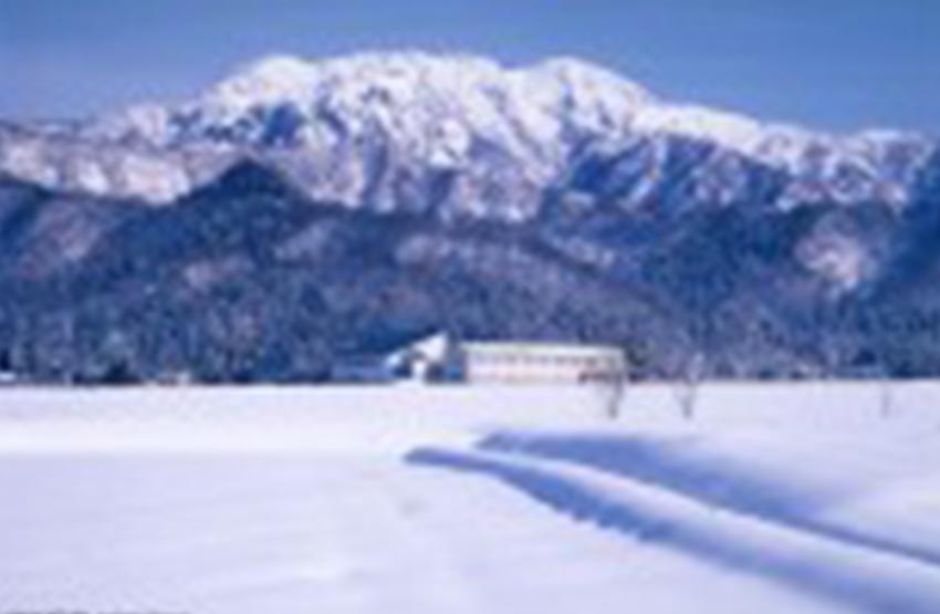 八海山(新潟県魚沼市)